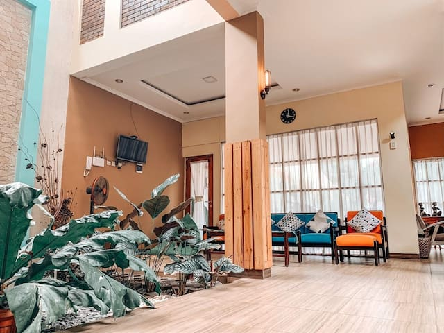 Monggo Nginep @Kotagede Tropical House 5 rooms