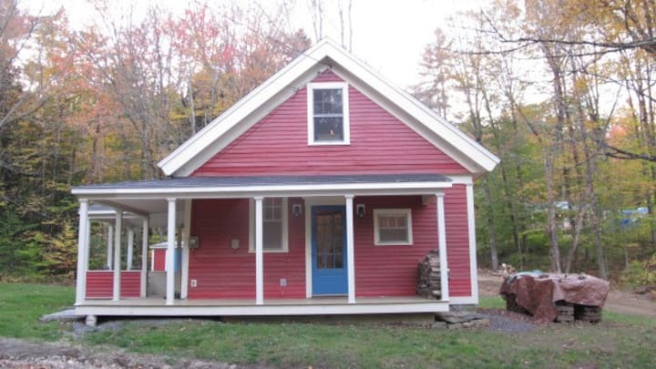 Charming Fully Renovated One Room Schoolhouse