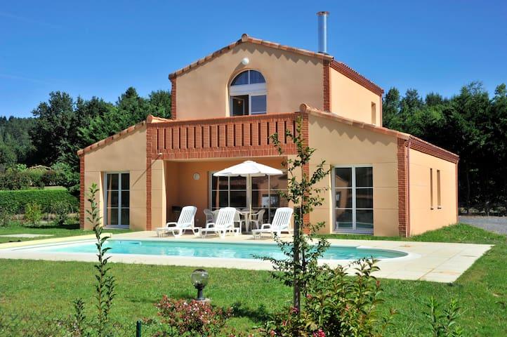 Villa 6/8 pers, piscine privée Mazamet
