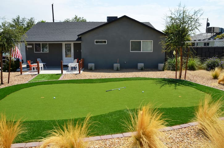 3BD/2Bath, Close to Downtown, Newly Remodeled - Las Vegas - House