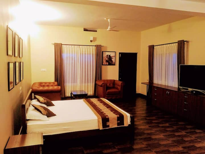 Forestdale Coorg - Mountain View Premium Room-1