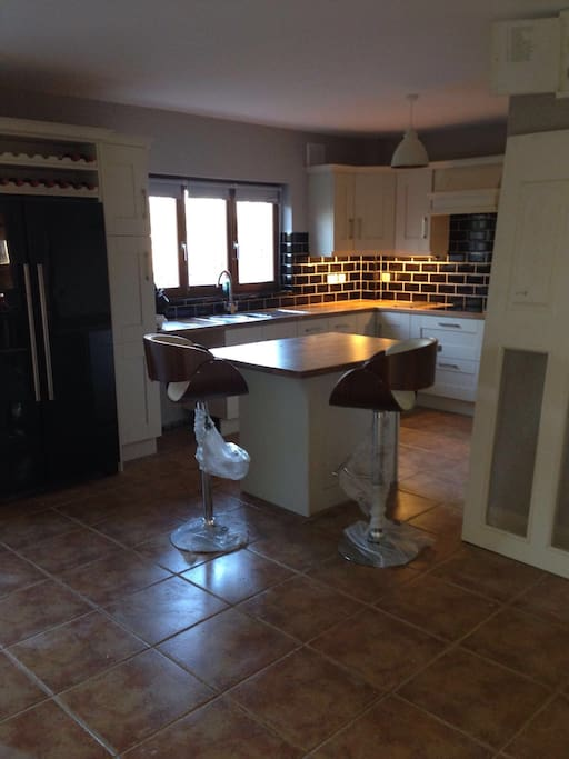 Newly fitted kitchen & appliances - perfect place to cook up a storm with your family