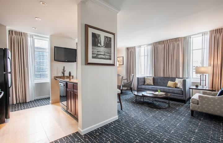 One Bedroom King Suite in the heart of downtown