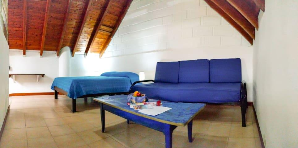 Lleras Park/ Poblado perfect located STUDIO
