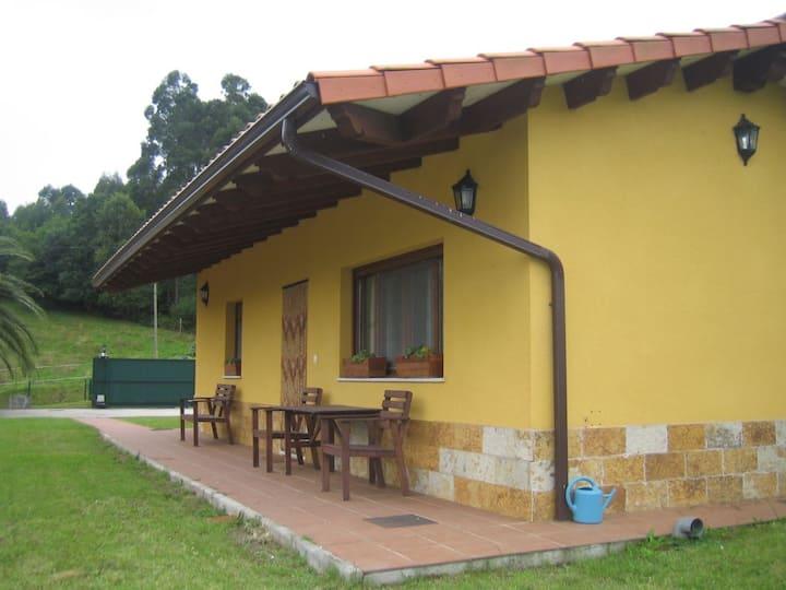 Casa (N° 5)para 4 personas entre  mar y la montaña