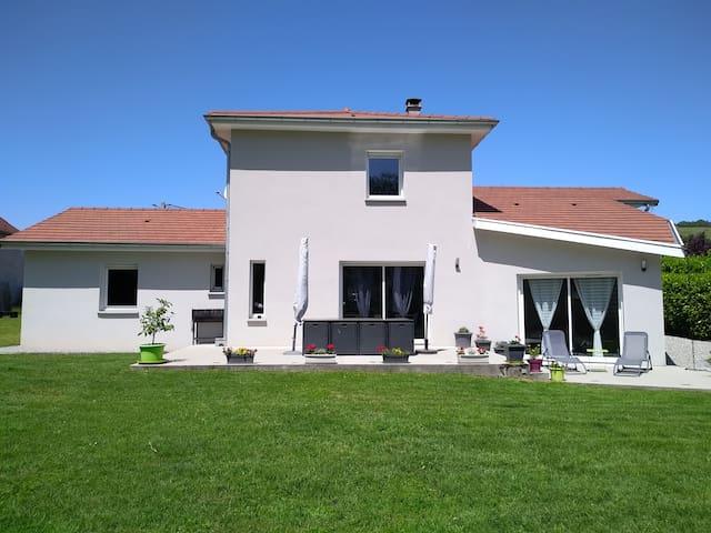 grande maison a vivre a la campagne