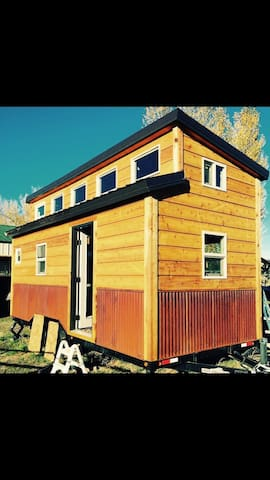 Tiny House Without the Blog - Bozeman - Hus
