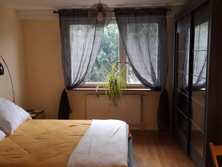 Chambre avec SDB et WC privatifs dans une maison