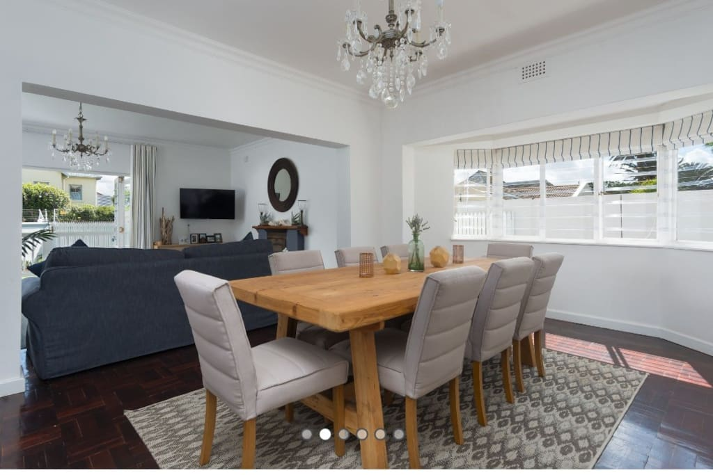 Dining room with 8 seater dining table