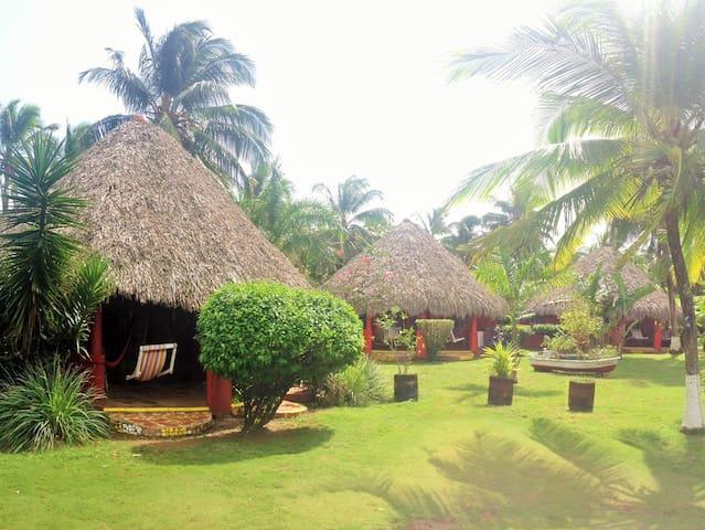 Paraiso Beach Hotel, room max. 2 p, breakfast inc.