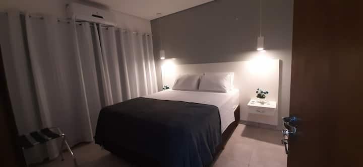 Casa p/ até 4 p, prox ao Centro de São Sebastião