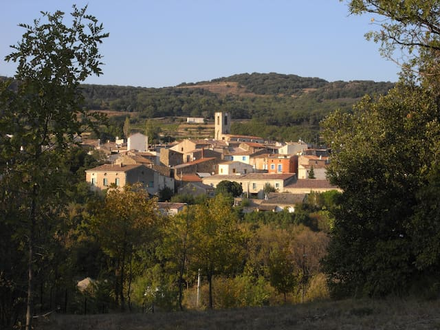 A Peaceful Haven in a Little Languedoc Village - Peret