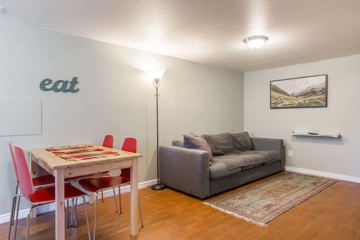 Cozy basement apt