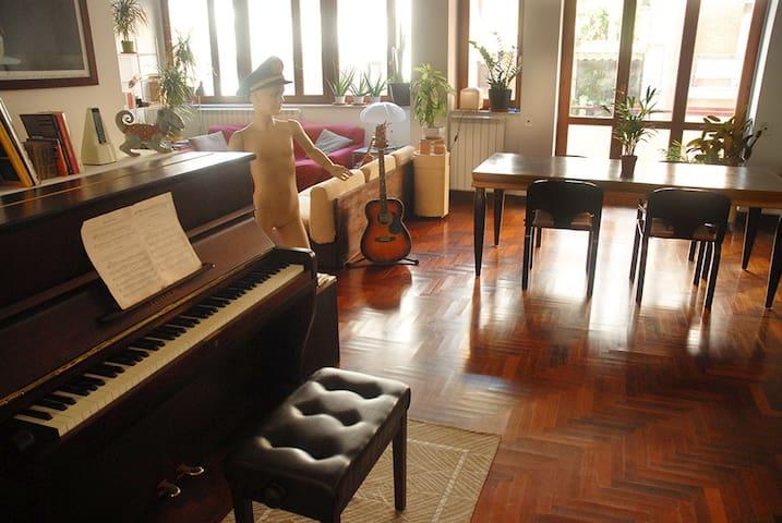 Cozy room in vintage apartment