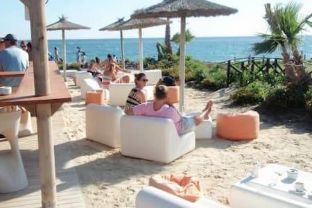 Ático en Playa Granada - Playa Granada - Lakás