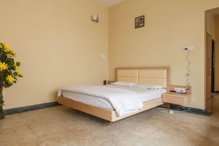 Koramangala Sunshine Villa Suite Room - Bangalore
