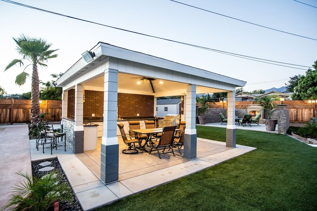 Backyard Covered Dining/BBQ Area
