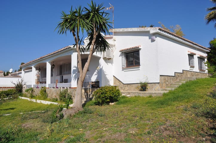 Wonderful Villa with pool - Caleta de Vélez - Vila