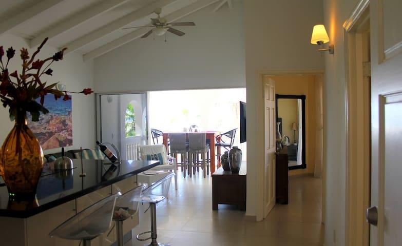 Luxury 2 bedroom Seaview apartment - Harmony