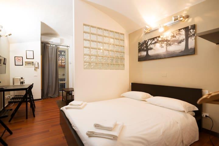 Milanflat-Cadorna center studiot5-Flats collection