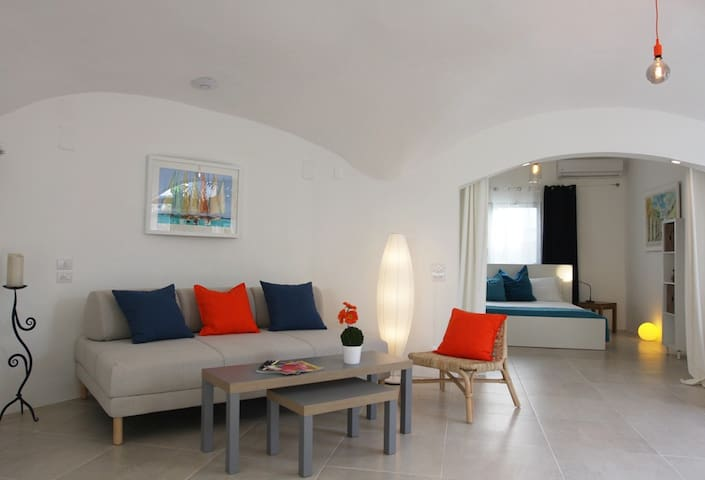 Spacious Beach Condo at Playa Bonita Beach