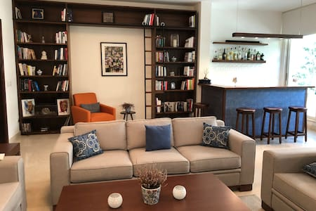Hamra (Beirut) Apartment
