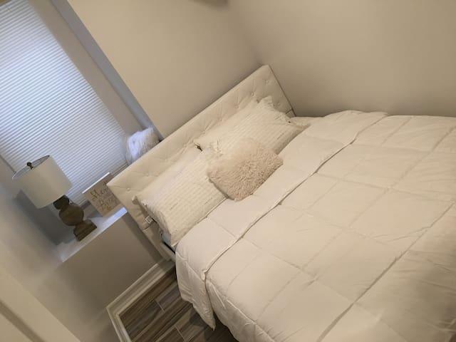 Beautiful Bedroom in Manhattan