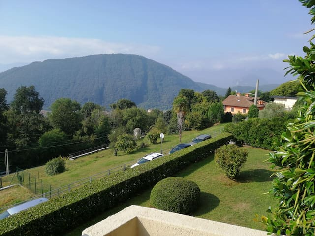 Fantastic house on Lake Maggiore - with view.