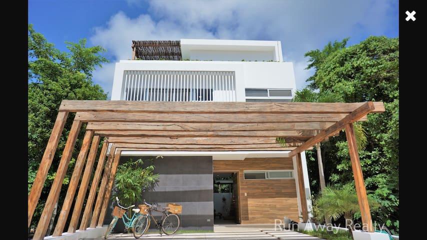 Dream loft house, privet jacuzzi. PUERTO MORELOS
