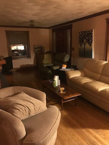 4 Bedroom Home near Boston