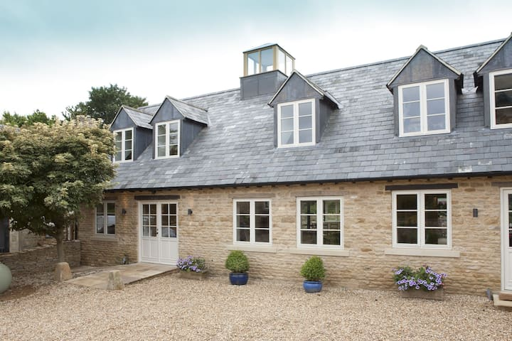 Berry Pen at Kingham Cottages - Kingham - Casa