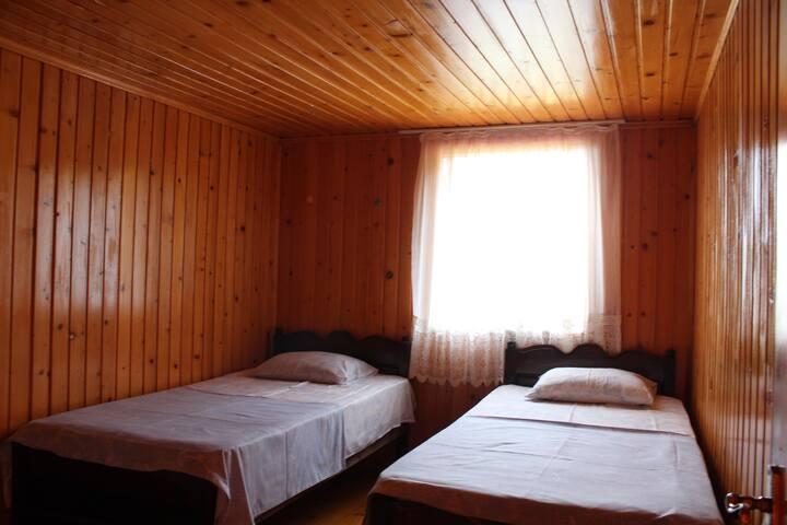 aslan's house N8