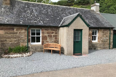 One Bedroomed Cottage On A Private Highland Estate