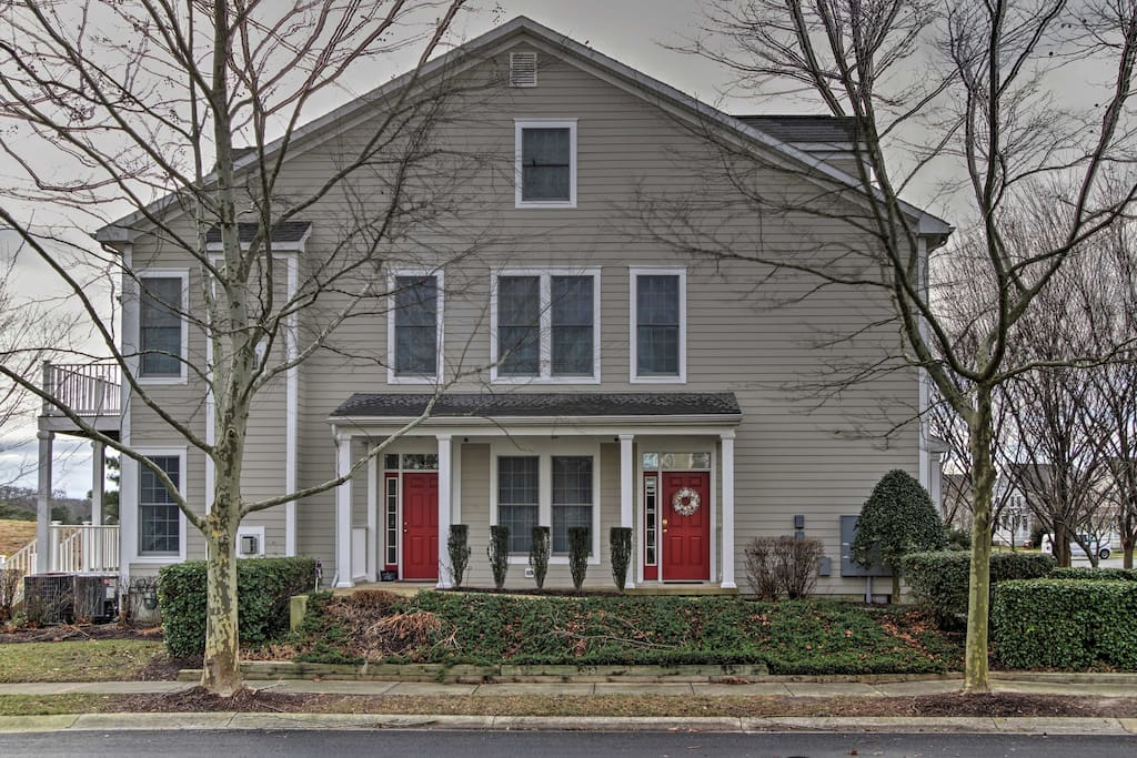 This upscale 3-bedroom, 2-bath condo is in the Bear Trap Dunes community.