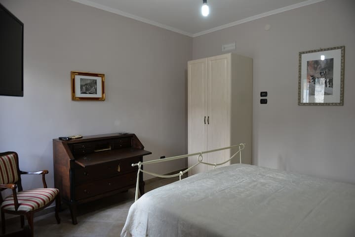IL CASALE - Trivigno - Apartment