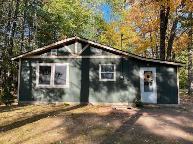 Cozy Up North Getaway!Pool/WiFi/Trails/Lake Access