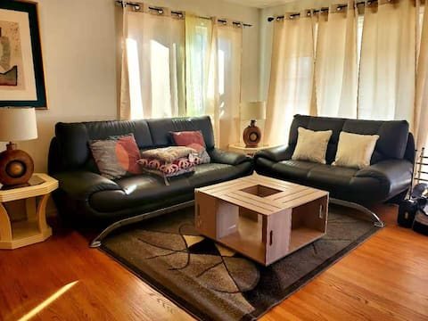3480-Cozy & Comfortable 2B1B Single Family House