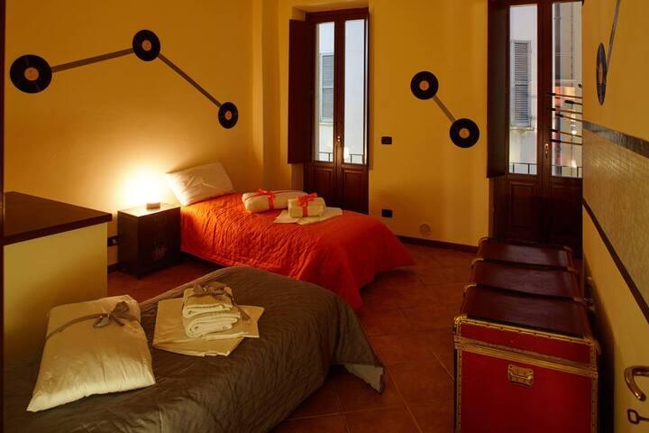 Shared Room two beds Mantua Hostal (A)