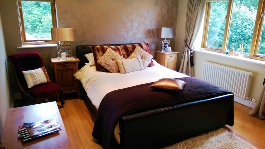 Luxury B+B in a private horseracing yard - double - Newmarket - Bed & Breakfast