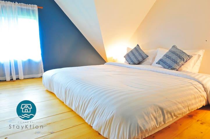 StayKtion : Stay Loft room