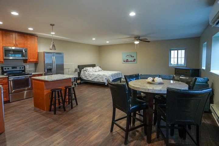 Newly Renovated Short North Guesthouse