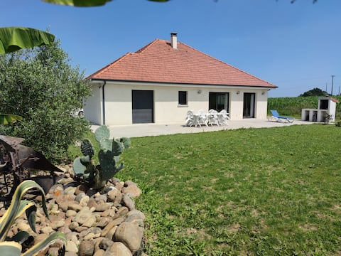 Maison plain-pied vue sur les Pyrénées à MAUCOR