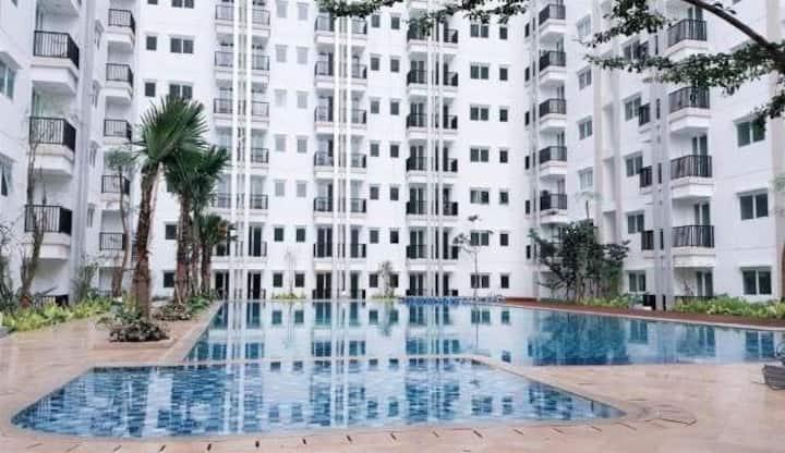 Cozy Apartment in Jakarta (Free WIFI)