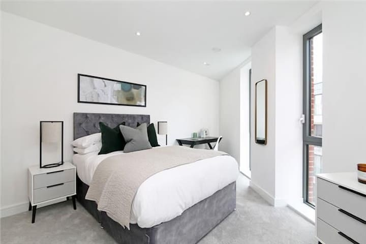 Double Room in Luxury Central London Flat
