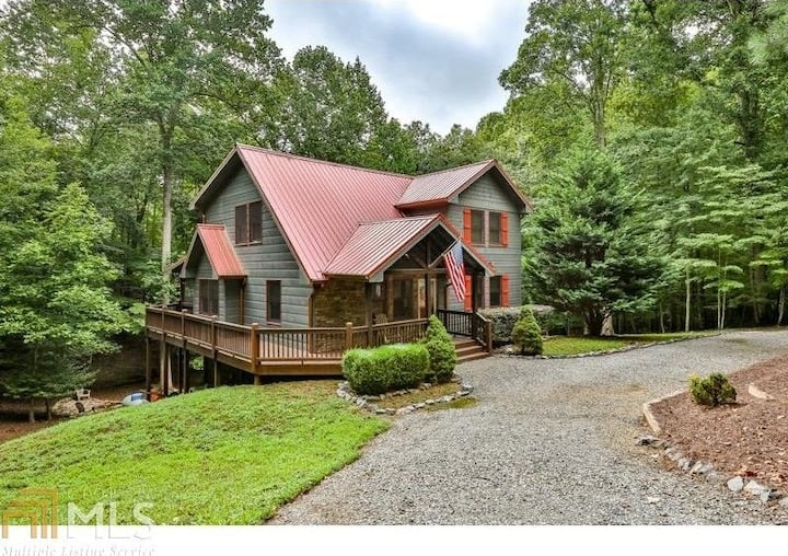 Cozy, Spacious Haven Woods Cottage