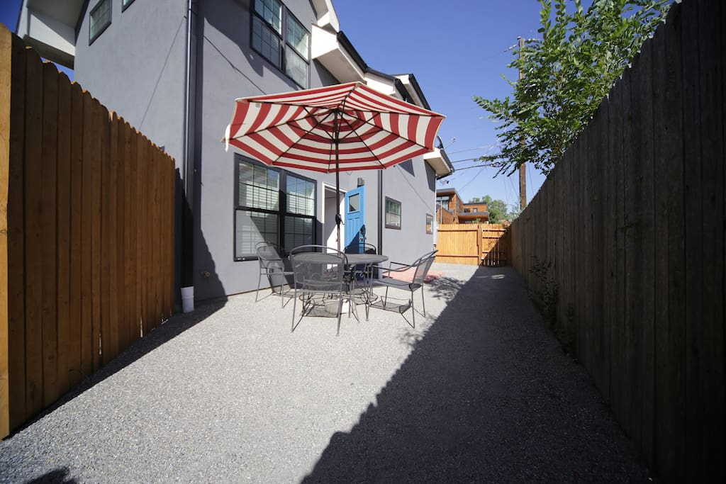 Private yard with sitting area and gas bbq grill