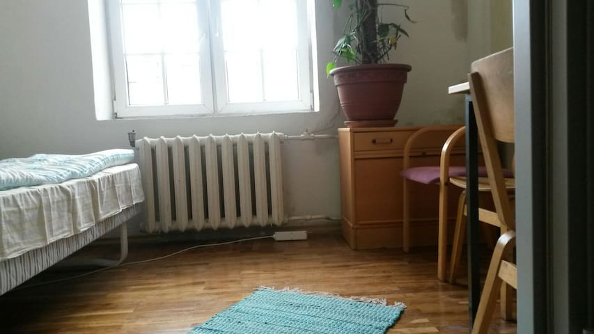Small Cheap Room in the Center - Таллинн - Квартира