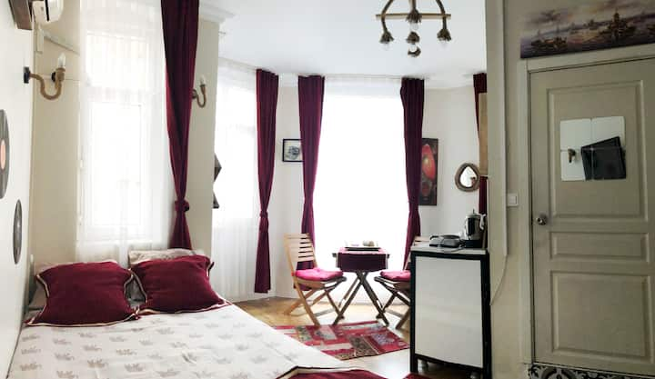 Cozy Studio Flat Nearby Everywhere in City Center