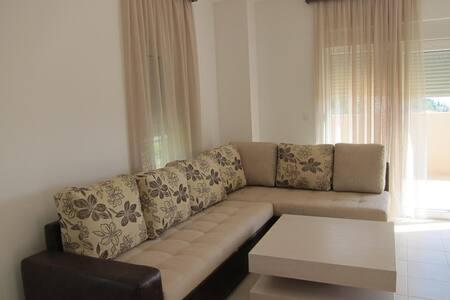 Шикарная квартира с видом на море - Budva