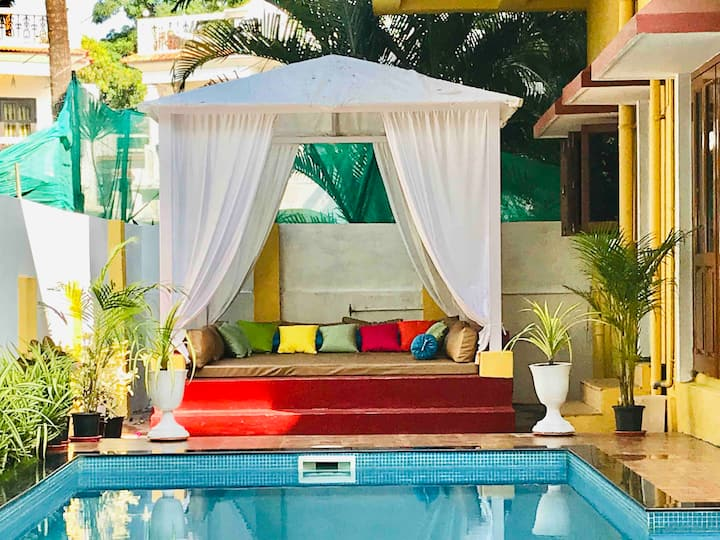 3Bhk Maple Villa With SWIMMING POOL & JACUZZI.